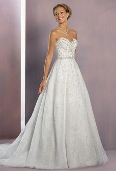 196 nejlepších obrázků z nástěnky Svatební šaty  26a6d63c1c