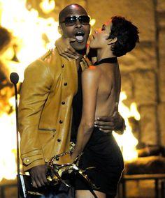 Pin for Later: Revivez les meilleurs moments des Best Guys Choice Awards !  Halle Berry etJamie Foxx ont pris une pose très sexy aux Guys Choice Awards en 2009.
