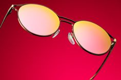 Do you see what I see? Sunglasses for the perfect look!