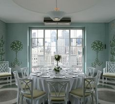 vc Ladies Who Lunch, Glass Room, Cosmopolitan, Sunroom, Female Art, Interior Architecture, Nyc, House Design, Club