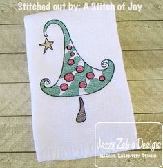 Oh Christmas Tree! Includes four sizes. Christmas Tree Sketch, Christmas Love, Christmas Shirts, Christmas Stockings, Embroidery Applique, Machine Embroidery Designs, Sketch 4, Tree Sketches, Christmas Embroidery