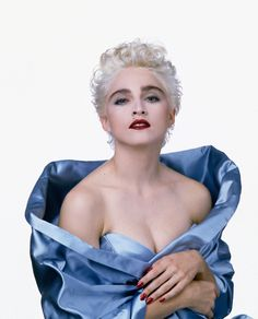 Madonna by Herb Ritts, 1986 Madonna True Blue, Lady Madonna, Divas, Madona, Madonna Photos, Herb Ritts, Female Singers, Material Girls, Beautiful Celebrities