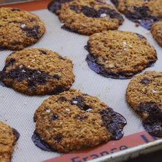 Salt and pepper cookies: oat flour, coconut sugar and 100% cacao #chocolate chunks. Very slightly tweaked a recipe from @mynewroots, the cookbook - cut the sugar by a bit. These are definitely a win. #instafood #foodstagram #food #vegan