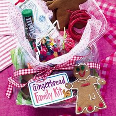 Gingerbread Family Kit. What a fun family/neighbor gift!