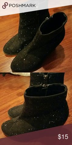 Juicy Couture ankle heeled glitter studded boots Size 6 1/2 gorgeous one flaw on front of one of the shoes in pic 4 you can see the seam has split a little a little glue will fix it price reflects Juicy Couture Shoes Ankle Boots & Booties