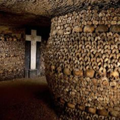 Catacombs of Paris. Imagine this for miles. Every wall artistically draped with skulls and bones. The Catacombs hold the remains of over 6 million people in a small part of the ancient mines of Paris tunnel network. Oh The Places You'll Go, Places To Travel, Places To Visit, Travel Destinations, Holiday Destinations, Paris Travel, France Travel, Catacombs Paris, French Catacombs