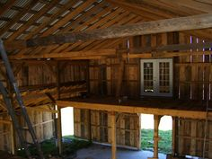 wish we could have a second level  NY-Barn-interior-oct07.JPG 1,200×900 pixels