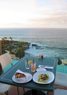If you ever find yourself in San Diego, visit La Jolla and have a meal at George's on the Cove. It is like dining on top of the Pacific. One of my favorite places to eat in San Diego County San Diego Vacation, San Diego Travel, Places To Travel, Places To Visit, San Diego Restaurants, La Jolla Restaurants, California Dreamin', Parcs, Dream Vacations
