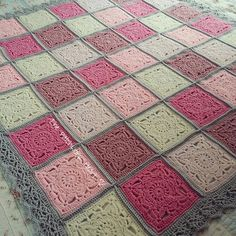 Some helpful tips from lovely Heather @ The Patchwork Heart: Willow block help