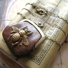 ≗ The Bee's Reverie ≗ Bumble Bee Secrets - Vintage Purse Assemblage Necklace by ComeDayGoDay on Etsy Buzzy Bee, I Love Bees, Bee Skep, Bee Art, Save The Bees, Bee Happy, Bees Knees, Vintage Purses, Change Purse