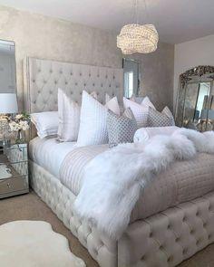 Grey Bedroom Decor, Stylish Bedroom, Bedroom Decor Glam, Modern Grey Bedroom, Bedroom Signs, Cute Bedroom Ideas, Room Ideas Bedroom, Bedroom Ideas For Women, Ideas For Bedrooms