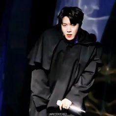 fake love photoshoot black and white Very very hot Hoseok 🔥 Jung Hoseok, Bts Jungkook, Taehyung, Jhope Gif, Black Love, J Hope Smile, Jhope Cute, J Hope Dance, Kpop Gifs
