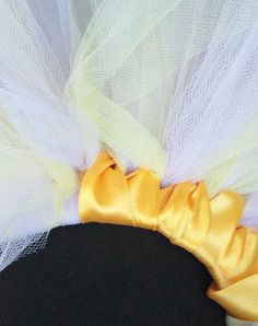 DIY: tiny toddler tutu - how to wrap satin ribbon around tutu