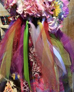 Klaar voor Carnaval...! Oeteldonk ik kom er aan...! Fijne zondag en fijne Carnaval...! Fabrics and colour Inspiration for the Carnaval...! Ready for the Carnaval...! Party time...Happy Sunday!  #sunday#sundaymorning #carnaval #carnaval2018 #colourful #fabrics #colourinspiration #oeteldonk #carnavalskostuum #colourphotographer #oeteldonk2018 #fijnecarnaval #instacolour #colourtrends #picoftheday #instadaily #instamood #carnival2018 #costumedesign #instacolour#costume #costumes…