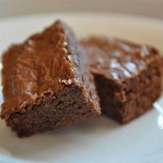 "MMMMM... Brownies | ""Best brownies I've ever had!"" #recipe #dessert"