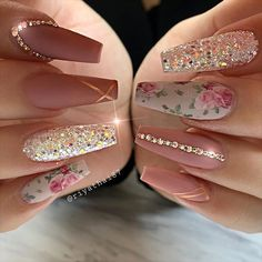 66 Pretty ways to wear mismatched nail colors and designs, nail art designs, mis. - 66 Pretty ways to wear mismatched nail colors and designs, nail art designs, mismatched nail colors - Gradient Nails, Blue Nails, Acrylic Nails, My Nails, Colorful Nail Designs, Nail Art Designs, Different Color Nails, Christmas Manicure, Nagellack Trends