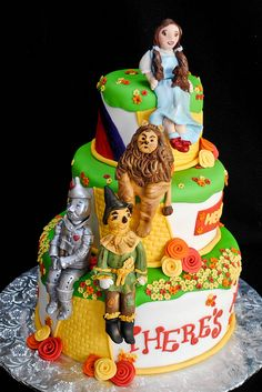 Wizard of Oz Cake Elliott Elliott Elliott McCabe We should attempt to make something like this next year for your birthday. Cupcakes, Cupcake Cookies, Frosted Cookies, Pretty Cakes, Beautiful Cakes, Amazing Cakes, Fondant, Biscuits, Cake Boss