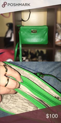 ✨MK cross body✨ Gently used, beautiful green! 3 zip pockets for lots of storage. Michael Kors Bags Crossbody Bags