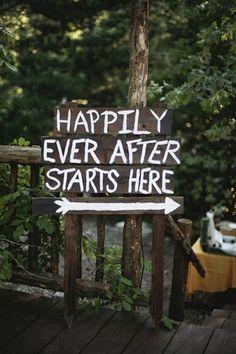simple outdoor wedding ideas   OUTDOOR-WEDDING-IDEAS_WEDDING-RECEPTIONS_ENTERTAINING_HOME-DECOR-2.jpg