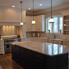 Traditional Kitchen Antique White Design, Pictures, Remodel, Decor and Ideas - page 7