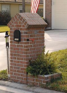 Brick Mailboxes - Every nation have uniqueness. For the instance in Mailbox Design. In western, one among distinctive design of mailbox is Brick Mailboxes Mailbox Planter, Diy Mailbox, Rural Mailbox Ideas, Stone Mailbox, Mailbox Landscaping, Landscaping Ideas, Brick And Stone, Stone Masonry, Flower Boxes