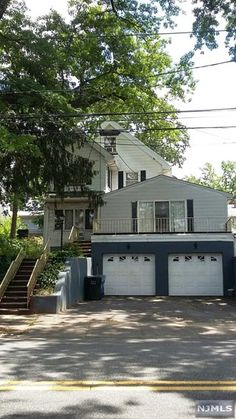 Charming 3 Bedroom & 3 Bathroom Home in Rutherford, NJ with gas heating made of an aluminum exterior! Call us at Exclusive Properties Realty today to inquire about this home.