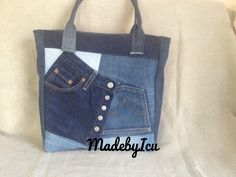 Tote Bag, Jeans, Fashion, Manualidades, Moda, Fashion Styles, Totes, Fashion Illustrations, Denim