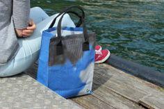Functionele tas gemaakt van gerecycled materiaal. Lifestyle, Second Life, Remainders