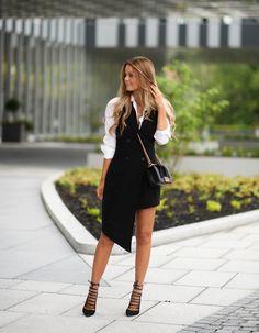 Inneholder annonselenke Sleeveless dress: HERE (adlink) Shirt: Gina Tricot Bag: Chanel Shoes: Aquazzura (adlink) Necklace: ASOS…