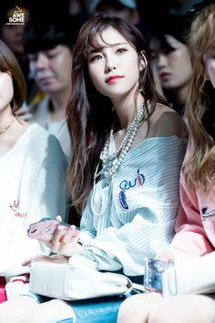 Reject the Binary Kpop Girl Groups, Kpop Girls, Asian Woman, Asian Girl, Superstar, Hyosung Secret, Korean Outfits, Korean Clothes, Star Wars