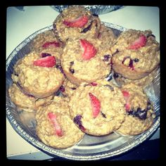 Kim @cchase284 shares these wonderful looking Coach's Oats Strawberry-Cranberry-Banana dark chocolate muffins!