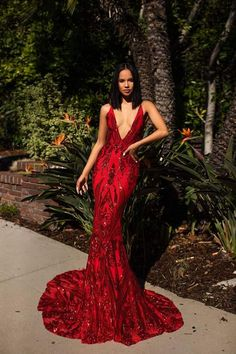 A&N Luxe Ciara Sequins Gown – Red A & N Luxe Ciara Gown – Abendkleid mit roten Pailletten – A & N Luxe Label Prom Girl Dresses, Prom Outfits, Grad Dresses, Mode Outfits, Sexy Dresses, Summer Dresses, Wedding Dresses, Casual Dresses, Sequin Prom Dresses