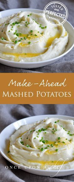 No time to cook everything you want to serve for Thanksgiving dinner? No problem - these Creamy Mashed Potatoes are the perfect make-ahead side! #mashedpotatoes #makeahead #thanksgiving #thanksgivingdinner