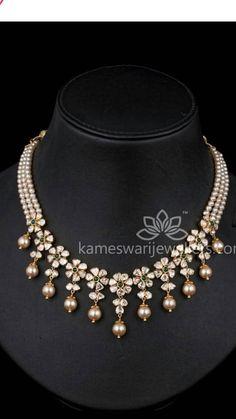 Saved by radha reddy garisa India Jewelry, Fashion Jewelry Necklaces, Body Jewellery, Metal Jewelry, Gold Jewelry, Wedding Jewelry, Necklace Designs, Jewelry Collection, Jewelry Design