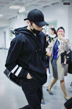Never once cross in his mind that he would fall for an idol too. Daniel K, Prince Daniel, Bts, Street Dance, Kim Jaehwan, Ha Sungwoon, Korean Men, Jinyoung, My Boyfriend