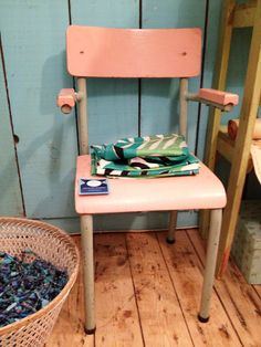 #vintage #kindermeubels | foto Kinderkamerstylist.nl bij Het grote avontuur