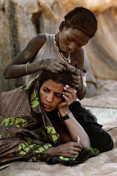 Infancia robada, 22 instantáneas sobre el trabajo infantil - Día Mundial contra el Trabajo Infantil.  Mali. Foto: Steve McCurry
