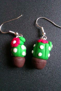 Se ti piacciono i miei #orecchini in #fimo visita la mia pagina fb! Cactus earrings - if you like them please write to me at https://www.facebook.com/ChiaraCreazioniInFimo?ref=tn_tnmn