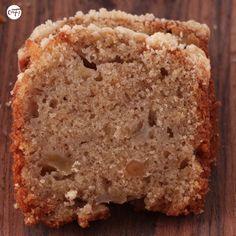C'est ma fournée !: Le crumble cake poire/amaretto de Yotam Ottolenghi