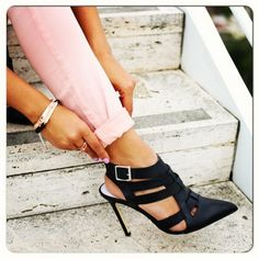 <3 turn spring into fall with dark shoes, sweaters and coats