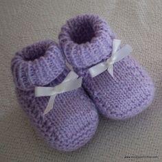 Sapatinhos e Meias de Tric%C3%B4 para Beb%C3%AA 3 Sapatinhos de Bebê em Tricô – Passo a Passo