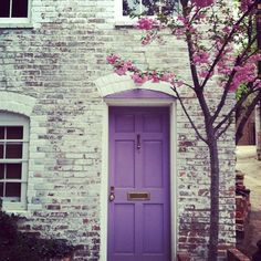 Love this for spring! Would it be ridiculous to paint my front door a different color every season?! ;)