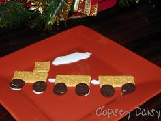 I need to remember this for Polar Express (pre k christmas snacks) Polar Express Party, Polar Express Christmas Party, Polar Express Activities, Polar Express Train, Train Activities, Polar Express Crafts, Calendar Activities, Christmas Snacks, Preschool Christmas
