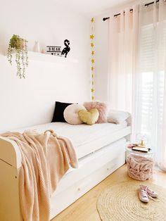 Ideas para conseguir la habitación ideal para una adolescente #dormitoriosjuveniles #decoraciondeinteriores #kidsroom #decolowcost