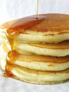 Simply perfect pancakes - Flourish - King Arthur Flour: Pancakes are everyone's idea of the must-have weekend breakfast. But don't just serve any old flapjacks: make PERFECT pancakes! What's For Breakfast, Breakfast Pancakes, Breakfast Dishes, Breakfast Recipes, Pancake Recipes, Best Pancake Recipe, Fluffy Pancakes, Simple Pancake Recipe, Pancake Flavors