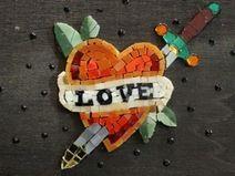 Love Old school / Porta gioie in legno con mosaico