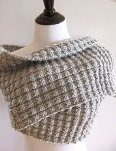 Knitting Pattern for Easy 4 Row Repeat Silver Birch Scarf - Quick easy scarf knit in bulky yarn with a 4-row repeat.