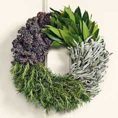 Cooks Herb Wreath Cooks will delight in this fragrant wreath made solely of culinary herbs that can be used in cooking: bay leaf, sage, rosemary and oregano. The herbs are shipped fresh and will remain useful as they dry. The wreaths are bound without Deco Floral, Arte Floral, Christmas Diy, Christmas Wreaths, Christmas Decorations, Italian Christmas, Holiday Wreaths, Cooking Herbs, Homemade Wreaths