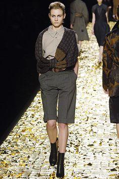 Sfilate Dries Van Noten Collezioni Autunno-Inverno 06-07 - Sfilate Parigi - Moda Donna - Style.it