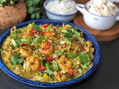 Thai Recipes, Asian Recipes, Garlic Parmesan Potatoes, Camping Meals, Fish And Seafood, Diy Food, Pasta Salad, Good Food, Food And Drink